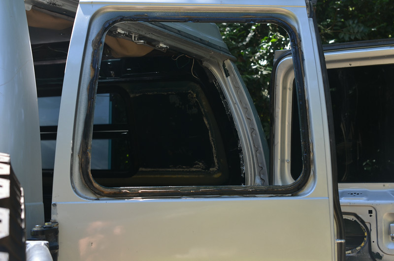 Driver's rear window with the rubber sealent of death